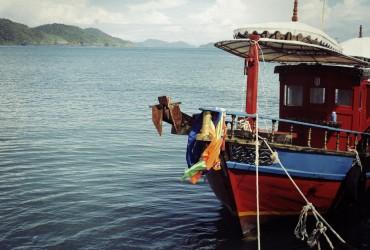Thai Boat on Yangtze